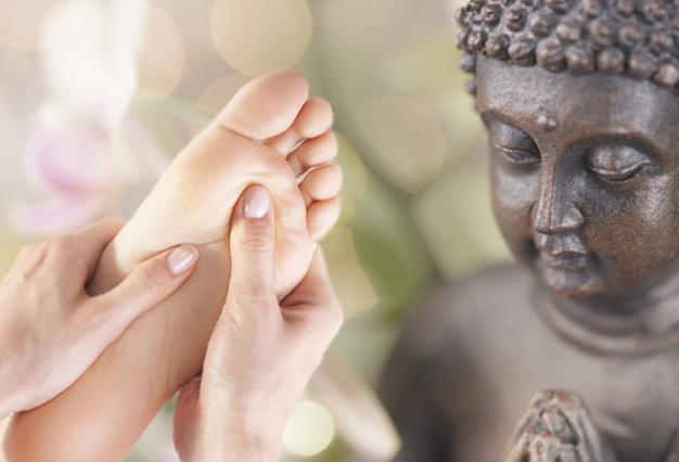 Asiatische Fußmassage